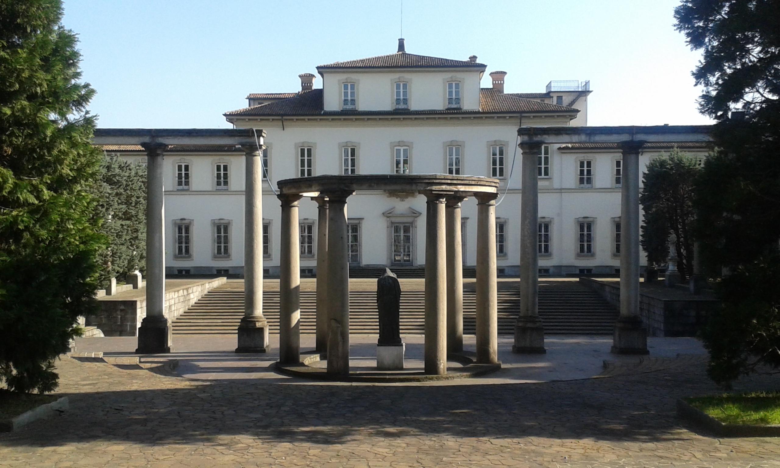 facciata posteriore_colonnato
